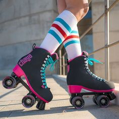 NEW in stock and available NOW ➡️ Melrose Black/Pink Contact your favourite dealer for availability and see link in our bio above for more info . Roller Derby, Retro Roller Skates, Roller Skate Shoes, Quad Roller Skates, Roller Skating, E Skate, Skate Girl, Rollers, Pritty Girls