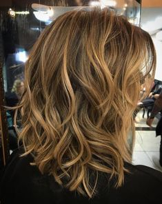 60 Best Variations of a Medium Shag Haircut for Your Distinctive Style - Mid-Length Messy Wavy Hairstyle - Medium Hair Styles, Curly Hair Styles, Medium Shag Hairstyles, Mid Length Hairstyles, Haircut Medium, Short Hairstyle, Medium Haircuts, Natural Hairstyles, Rocker Hair