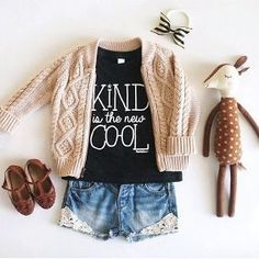 Sweet look for a girl #kidsfashion #kidsootd #microfashion Women, Men and Kids Outfit Ideas on our website at 7ootd.com #ootd #7ootd
