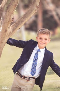 We have beautiful stationery for communion for boys and girls. Have you already picked out a great p Boys First Communion Outfit, Design Your Own Invitations, Invitation Design, Baptism Announcement, Boys Suits, Poses, Beautiful Boys, Invitation Cards, My Boys