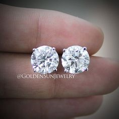 GOLDEN SUN JEWELRY: 6.00ct diamond studs. Perfection is what we demand of ourselves. @goldensunjewelry #goldensunjewelry #wedding #engagement #rounddiamond #solitaure #diamonds #diamondstuds #studs #designer #designer #detroit #fashion #fashionista #flawless #gia #haute #jewelry #luxury #lavish #l4p #carat #couture #bling #bespoke