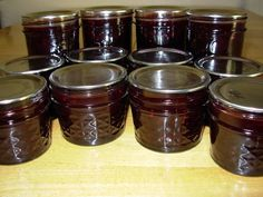 Blackberry habenero jam (uses powdered pectin)