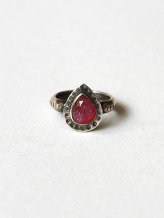 Annika Kaplan Pink Sapphire Ring at Mille