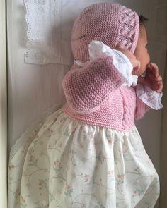 Zaida E. Knitting For Kids, Baby Knitting, Crochet Poncho, Crochet Baby, Knit Baby Dress, Baby Pullover, Heirloom Sewing, Stylish Baby, Knitted Dolls