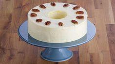 Tarta de pacanas con crema de mantequilla francesa (Pecan torte with french buttercream) - Anna Olson - Receta - Canal Cocina