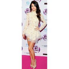 Selena Gomez's auburn hair hue ❤ liked on Polyvore