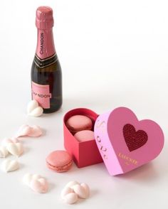 38 Valentine's Day Gifts She Will Love - Martha Stewart Weddings Valentines Baking, My Funny Valentine, Valentine Day Gifts, Valentine Ideas, Wedding Welcome Gifts, Gifts For Wedding Party, Martha Stewart Weddings, Wedding Anniversary Gifts, Favorite Holiday