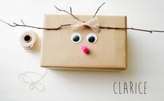 Present wrapping ideas Christmas Gift Wrapping, Christmas Presents, Holiday Gifts, Christmas Holidays, Present Wrapping, Wrapping Ideas, Christmas Crafts, Christmas Ornaments, Reindeer Christmas