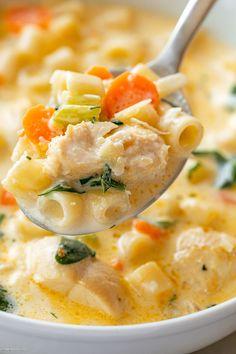 Chicken Pasta Soup Recipe, Creamy Chicken Pasta, Chicken Recipes, Chicken Soups, Easy Soup Recipes, Cooking Recipes, Spinach Soup, Soup And Sandwich, Yum Yum Chicken