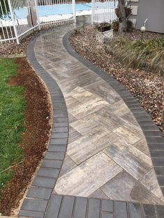 Diy Front Yard Landscaping Ideas On A Budget Garden Paths Everyday Laura 80 Perfect Front Yard Pathway Landscaping Ideas Androcom Small Front Yard Landscaping, Landscaping Ideas, Patio Ideas, Mulch Landscaping, Pathway Ideas, Mailbox Landscaping, Mulch Ideas, Pavers Ideas, Hydrangea Landscaping