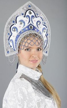 Russian beauty in traditional folk costume Russian Beauty, Russian Fashion, Russian Folk, Russian Art, Folk Costume, Costumes, Russian Culture, Viking Jewelry, Historical Clothing