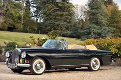 A beauty. The 1965 Rolls-Royce Silver Cloud III Drophead Coupé by H J Mulliner, Park Ward. Those headlights are fantastic. Used in the movie Blow Up. $175.000 at Bonham's