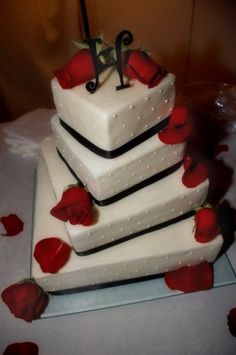 Square Twisted Wedding Cake By designsbydawn on CakeCentral.com