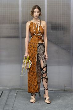 Ottolinger Spring 2019 Ready-to-Wear Fashion Show Ottolinger Spring 2019 Ready-to-Wear Collection – Vogue Women's Summer Fashion, Look Fashion, Runway Fashion, Fashion Art, High Fashion, Fashion Show, Fashion Outfits, Fashion Tips, Fashion Design