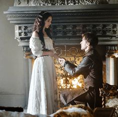 Cute Renissance proposal pic; I don't know if this is from a show or movie but hey it's cute. #howtogethimtopropose