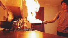 "Flameando champiñones para un saltado! Flambing mushrooms for a ""saltado""!"