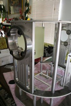 Here are some photos of my JAG Frame. All aluminum, precut, predrilled, and very stable. Put it together in about three hours with a ph. R2d2 Images, Star Wars Droids, How To Plan, R2 D2, Frame, Han Solo, Robotics, Starwars, Favorite Things