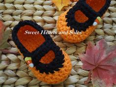 Orange & black handmade crochet cotton Candy Corn Baby Mary Janes Shoes are perfect for Fall festivities and Halloween parties alike!    Please stop by my Etsy shop at www.etsy.com/shop/sweetheartsandsoles for more baby & toddler accessories!