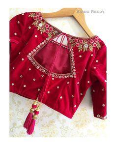 Blouse Back Neck Designs, New Saree Blouse Designs, Cutwork Blouse Designs, Blouse Designs Catalogue, Hand Work Blouse Design, Simple Blouse Designs, Stylish Blouse Design, Latest Blouse Patterns, Indian Blouse Designs