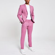 Shop our new Selected Homme pink slim fit suit trousers at River Island today. New Mens Suits, Men's Suits, Costumes Slim, Costume Rose, Trouser Suits, Suit Pants, Blazer Suit, Trousers, High Fashion