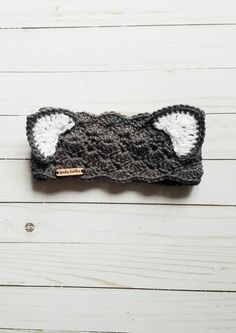 New crochet cat ears headband baby hats Ideas Knitting For BeginnersCrochet For BeginnersCrochet ProjectsCrochet Amigurumi Crochet Headband Pattern, Crochet Beanie, Crochet Blanket Patterns, Crochet Hooks, Knitted Headband, Crochet Headbands, Crochet Blankets, Crochet Stitches, Cat Ears Headband