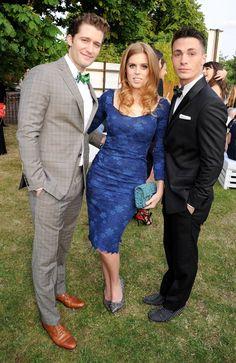 Pin for Later: Wenn Welten aufeinander prallen: Promis begegnen den Royals  Prinzessin Beatrice von York posierte mit MTV-Star Colton Haynes und Glee-Star Matthew Morrison bei einer Party in London im Juni 2013.