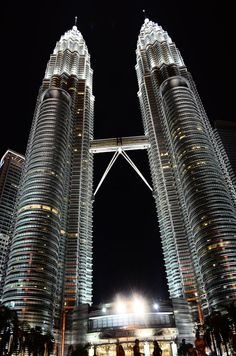 Petronas Towers are just one of the crazy interesting things to do in Kuala Lumpur. Find out my favorite 16 things.
