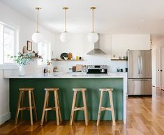 Such a good kitchen remodel on @designsponge today feat. our #lunapendant (via @annabode) #popofgreen #schoolhouseelectric / Shop our feed…