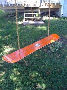 37 Rad Upcycled Snowboard Ideas - Whitelines Snowboa...