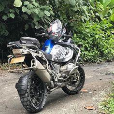 "2,299 Likes, 12 Comments - Dual Sport Panama (@dualsportpanama) on Instagram: ""Make life a Ride! BMW R1200GS  Repost @bmwmotorradpt  Referentes del Dual Sport en Panamá!…"""