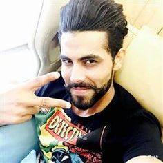 Ravindra Jadeja And Virat Kohli Old Time Images Collection And Wallpaper, Rare Photos Of Sir Jadeja And Virat Kohli Ravindra Jadeja, Cricket Update, Beard Styles, Hair Styles, Laughing Face, Time Images, Virat Kohli, Trending Hairstyles, Rare Photos