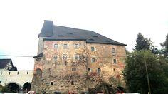 Skalná/Vildstejn Castles, Mansions, House Styles, Home Decor, Decoration Home, Chateaus, Room Decor, Castle, Fancy Houses