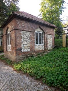 Patrz.pl Trunks, Plants, House, Drift Wood, Home, Tree Trunks, Plant, Homes, Planets