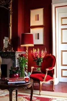 This picture was perfect for my mood board as it had both the royal rich red and green colour in it and it presented my collection very well, I was very happy with this find!