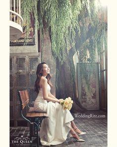 Korea Pre-Wedding Photoshoot - WeddingRitz.com » Korea wedding photographer - The Queen White
