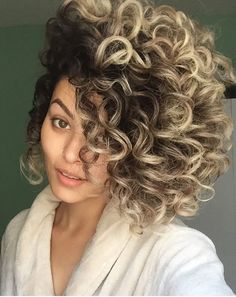 Curly Hair Styles, Cute Hairstyles For Short Hair, Permed Hairstyles, Short Curly Hair, Natural Hair Styles, Colored Curly Hair, Hair Flow, Beautiful Hair Color, Big Hair