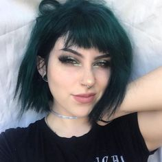 Mine is turtles 🐢 Edit: everyone is saying I look so different so if you can pin point it let me know! Is it my scrunched nose? Trending Hairstyles, Prom Hairstyles, Hairstyles With Bangs, Straight Hairstyles, Scene Hairstyles, Updo Hairstyle, Everyday Hairstyles, Hairstyle Ideas, Dark Green Hair