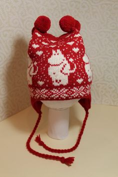 Wonderful hand-made winter hats with moomin pattern by LanaNere Knitted Hats Kids, Knitted Baby Clothes, Knitting For Kids, Kids Hats, Knit Mittens, Knitting Socks, Free Knitting, Baby Knitting, Knitting Patterns
