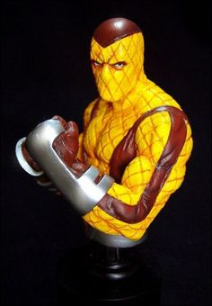 Bowen-Designs-The-Shocker-Mini-Bust-2006.jpg (383×552)