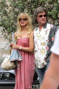 """Kurt Russell Goldie Hawn Photos - Kurt Russel and Goldie Hawn show their love for the south of France, staying in the small village of St. Paul de Vence and having lunch at the famous restaurant, """"La Colombe d'Or"""". - Kurt Russell and Goldie Hawn in France Goldie Hawn Kurt Russell, Death Proof, Never Getting Married, 50 And Fabulous, Pictures Of The Week, Famous Couples, Milestone Birthdays, Kate Hudson, Celebs"""