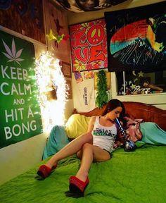 For SALE... LED Vader Bong... See Web Site For More Details... #darthvader  #weed #420 #bongs | Cosmic 420 Chicks | Pinterest