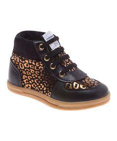Black & Gold Urban Sneaker