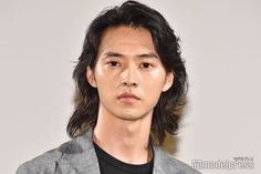 Kento Yamazaki, Hair Cuts, Cinema, Pretty, Alice, Haircuts, Movies, Hair Style, Movie Theater