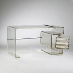 desk USA acrylic, stainless steel w x d x 30 h inches.This desk features a swiveling drawer case containing three sliding drawers. 70s Furniture, Acrylic Furniture, Victorian Furniture, Mid Century Furniture, Online Furniture, Modern Furniture, Furniture Design, Lucite Furniture, Furniture Ideas