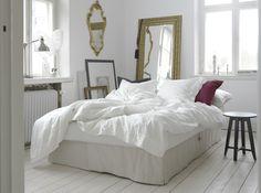 Le canapé-lit #HIMMENE se transforme en lit en un tour de main. #lit #canapé…