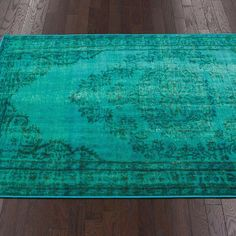 Turquoise Area Rug - NEED THIS FOR BEDROOM