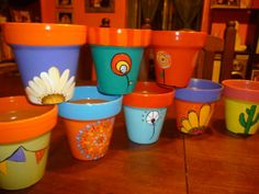 cds pintados - Buscar con Google Ceramic Pots, Terracotta Pots, Clay Pots, Painted Plant Pots, Painted Flower Pots, Flower Pot Crafts, Clay Pot Crafts, Succulent Pots, Succulents Diy