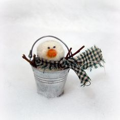 snowman in a pail ~ These could be done in a big pail, all the way down to a tiny pail to use as tree ornaments.