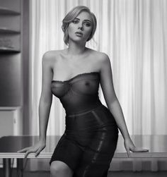 "beautiful Scarlett in Dolce & Gabbana ""The One"""