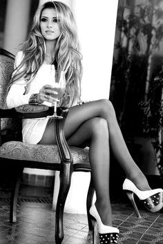 .hair & heels